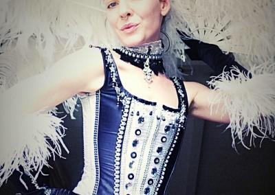 burlesque promo pic